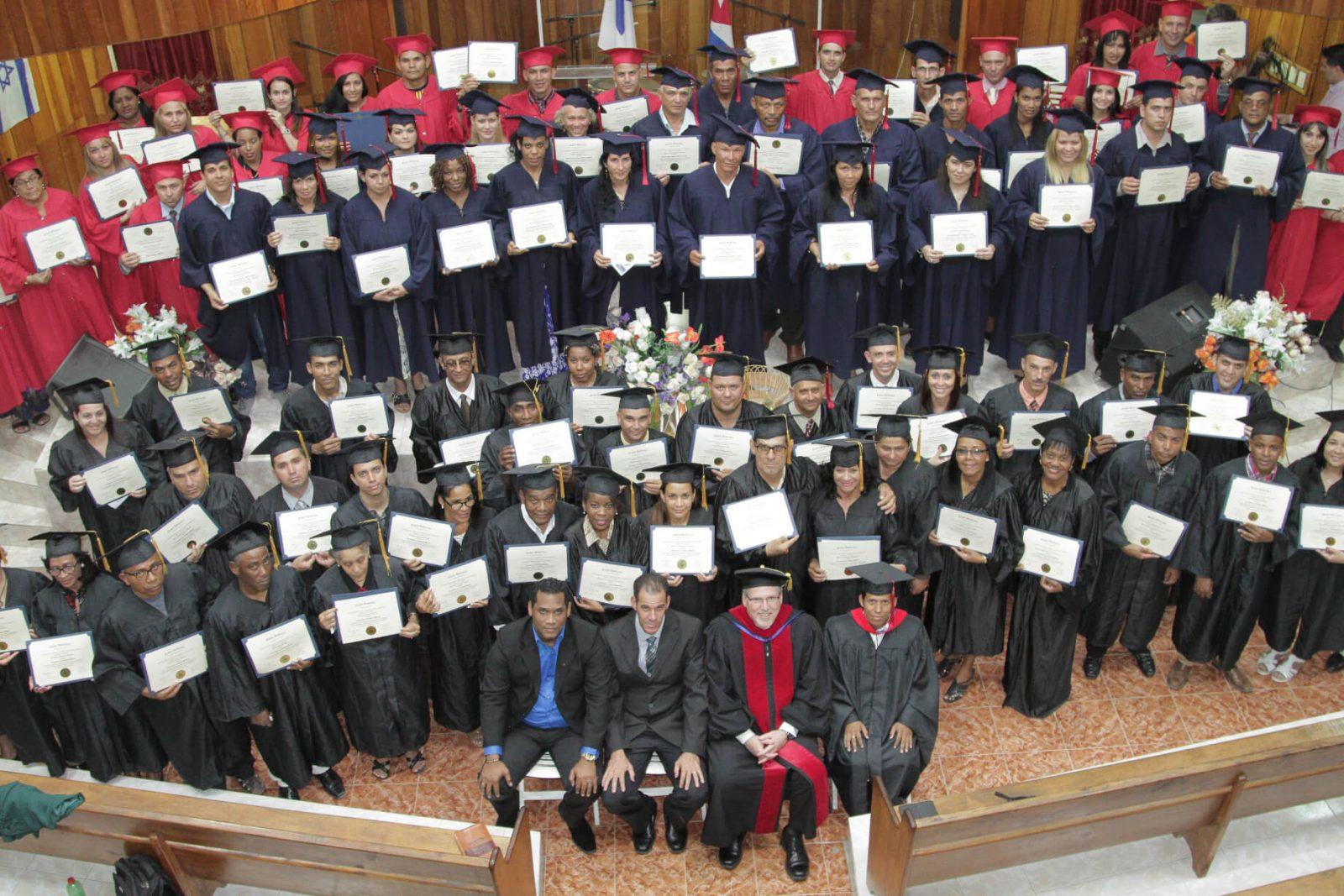 Large group of Global U grads